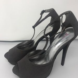 Women' shoes Size 10